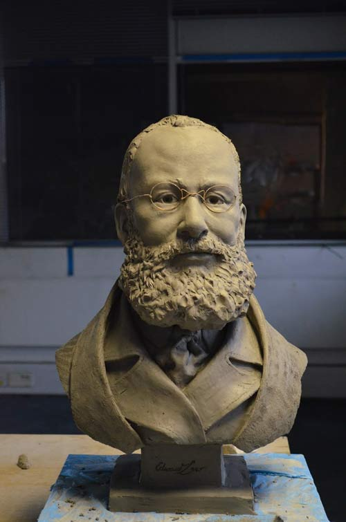 Click on the picture for more images of the bust.